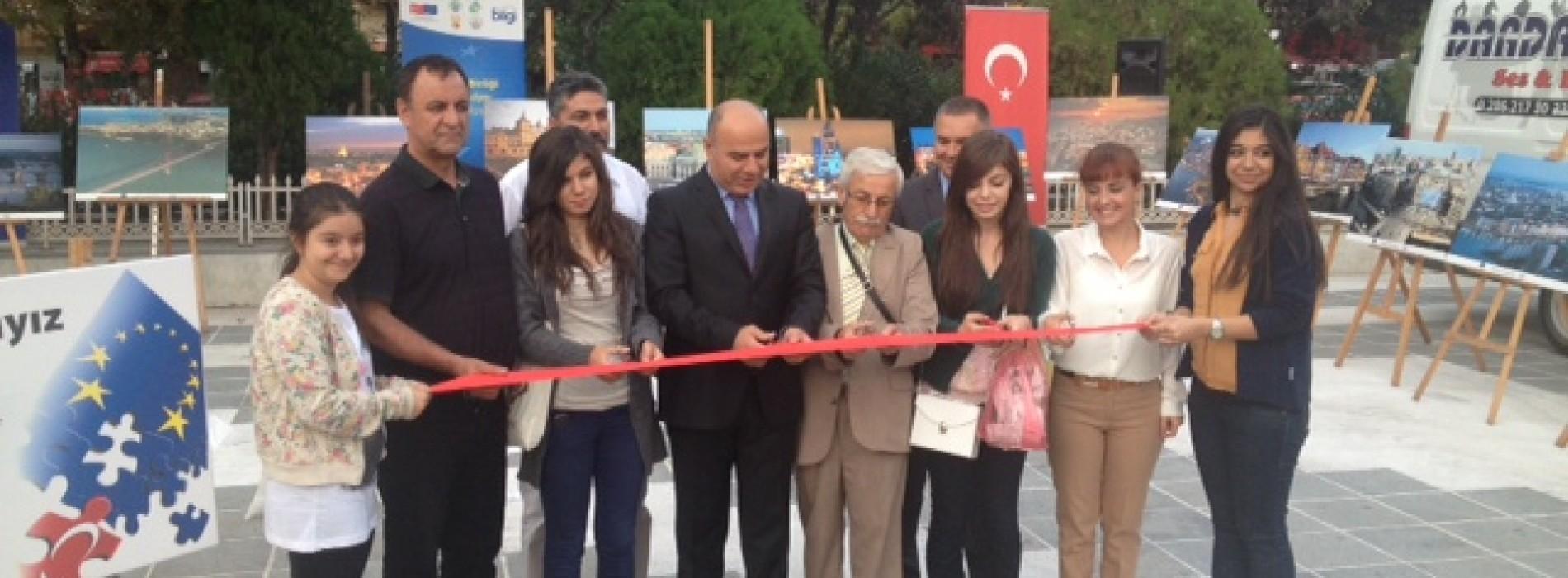 Ekonomistler Türkiye'nin Avrupa Birliği Üyelik Süreci İle ilgili Çanakkaleliler İle Sohbet Gerçekleştirdi