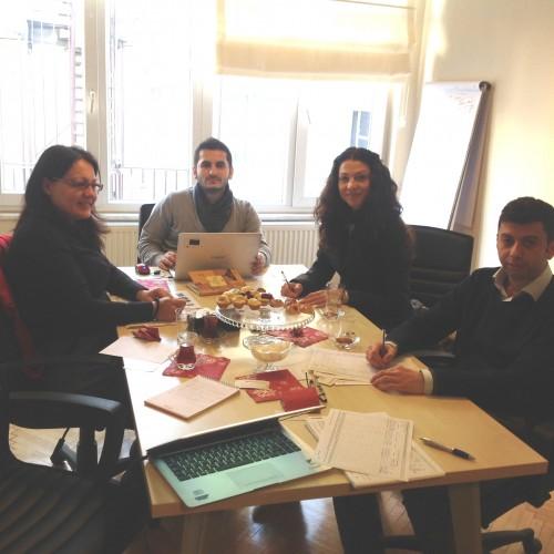 Young Resolve This Crisis – Bu Krizi Gençler Çözer Projesi'nin ön ziyaret toplantısı 10-11 Şubat 2014 tarihlerinde İstanbul'da yapıldı.