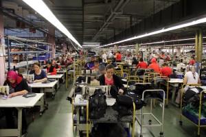 İŞKUR'un Türkiye İşgücü Piyasası Talep Araştırması, örneklem, ham veri sonuçlarına göre, Edirne yüzde 40 ile Türkiye'de kadın istihdamının en yüksek gerçekleştiği il oldu. Araştırmaya göre, Şırnak, Siirt, Mardin, Ağrı ve Bingöl illerinde çalışanların sadece yüzde 10'a yakın kısmını kadınlar oluştururken, Edirne ise çalışanların yüzde 40'ı kadın olduğu belirlendi. Edirneli kadınların kentteki tekstil fabrikalarında hazırladığı ürünler yurt içi ve dışına gönderiliyor. (Cihan Demirci - Anadolu Ajansı)